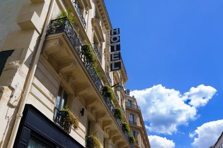 Façade - Hôtel Chateaudun-Opéra