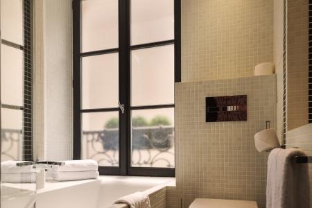 Salle de bain chambre twin - Hôtel Monceau Elysées